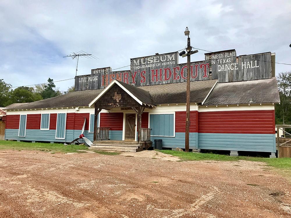 Horniest Dance Hall In Texas